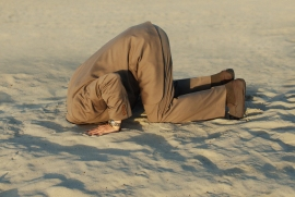 shutterstock_head-in-sand2541043